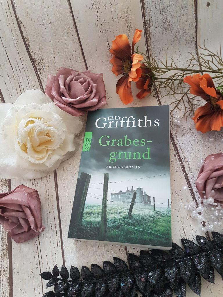Elly Griffiths Grabesgrund